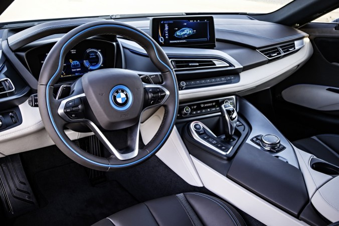 p90133087_highres_the-bmw-i8-09-2013